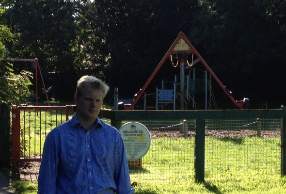 New Play Park Needed for Lake Park